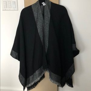 Super cozy shawl /scarf Calia by Carrie Underwood